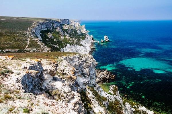 Отдых в Крыму летом на море в п. Черноморское.